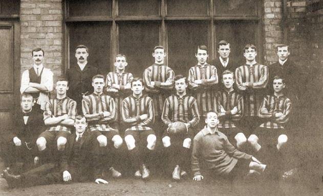 una formazione inglese del 1900