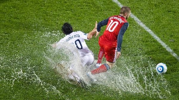 soccer-rain-toronto