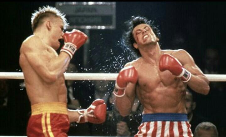 Match di boxe fra Drago e Balboa